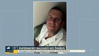 Enfermeiro é baleado em ônibus e está em estado grave - Caso aconteceu em Guadalupe, na Av. Brasil.