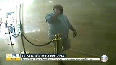 """Investigados se encontram em """"escritório da propina"""" - Entre eles, Edmar Santos, ex-secretário de Saúde."""