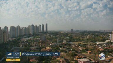 Termômetros marcam temperatura máxima de 38ºC em Ribeirão Preto - Dia começou com temperatura mínima de 20ºC.