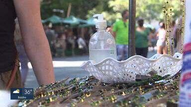 BH volta a ter domingo com feira de artesanato e Mercado aberto - Barracas de alimentação saem da Afonso Pena e feirantes protestam.