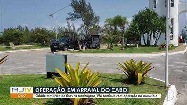 Operação em Arraial do Cabo, RJ, prende 7 pessoas - Cidade teve troca de tiros na madrugada desta quarta-feira (30).