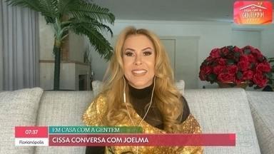 Cissa Guimarães recebe Joelma no 'Em Casa com a Gentem' - Cantora comemora 25 anos de carreira e diz que não consegue viver sem o salto alto