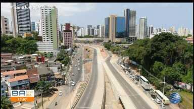 Obras do BRT causam mudanças e engarrafamentos na Avenida Antônio Carlos Magalhães - Confira as alterações implementadas pela Transalvador e que já estão em vigor.