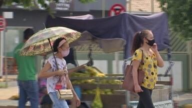 Calor intenso em MS tem provocado problemas de saúde na população - A pequena Água Clara, de 15 mil habitantes, registrou a temperatura mais alta do país durante esta onda de calor: 44,6 graus. As altas temperaturas têm feito mal para a saúde dos moradores.
