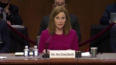 Senado dos EUA inicia processo de aprovação da juíza indicada por Trump para Suprema Corte - Os republicanos querem confirmar Amy Barrett antes da eleição presidencial do dia 3 de novembro. Ela vai preencher a vaga da juíza Ruth Bader Ginsburg, que morreu há menos de um mês.