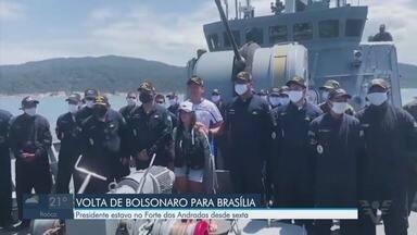 Presidente Jair Bolsonaro retorna para Brasília - Ele estava desde sexta-feira (9) no Forte dos Andradas, em Guarujá.