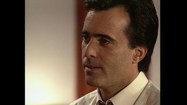 Capítulo de 11/11/1991 - Álvaro e Helena prometem não se separar mais e se beijam. Solange janta com Cândida. Lídia avisa Mário que Zé Diogo o procurou. Sheila diz a Mário que vai se mudar.