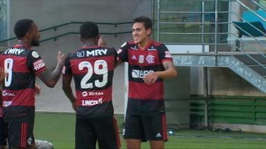 Pedro é a esperança de gols do Flamengo contra o Corinthians - Pedro é a esperança de gols do Flamengo contra o Corinthians