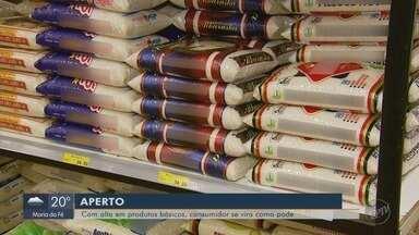 Alta de produtos da cesta básica pesa no bolso dos consumidores no Sul de MG - Alta de produtos da cesta básica pesa no bolso dos consumidores no Sul de MG