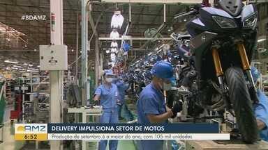 Durante a pandemia, setor de motos é impulsionado pelo serviço de delivery - Produção em setembro é a maior do ano.