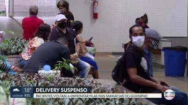 Pacientes voltam a enfrentar fila nas farmácias do governo - O programa de delivery de medicamentos foi interrompido em 28 de setembro. A Defensoria Pública do DF entrou com pedido de liminar contra o GDF para continuar com a execução do programa enquanto perdurar a pandemia.