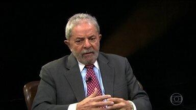 Ex-presidente Lula vira réu pela quarta vez na Lava Jato - Procuradores afirmam que o Instituto Lula recebeu da Odebrecht quatro doações que somam R$ 4 milhões entre dezembro de 2013 e março de 2014. Segundo as investigações, o dinheiro veio do esquema de corrupção da Petrobras.