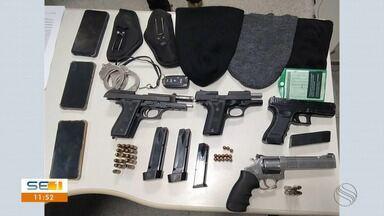 Seis homens são presos por associação criminosa e porte ilegal de armas - Seis homens são presos por associação criminosa e porte ilegal de armas.