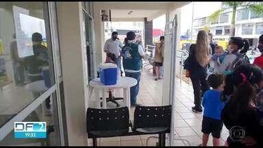 DF atinge apenas 30% da meta de vacinação contra a poliomielite - Moradores relatam as dificuldades para conseguir atendimento nas salas de vacinação em várias cidades.