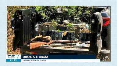 Homem preso com plantas de maconha e arma em Jardim - Saiba mais no g1.com.br/ce