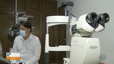 Fila por transplante de córneas tem 3,6 mil pacientes no estado de São Paulo - Procedimentos foram retomados após serem suspensos por causa da pandemia.