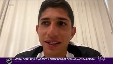 Superação e fé: a história de Savarino, o atacante venezuelano do Atlético-MG - Superação e fé: a história de Savarino, o atacante venezuelano do Atlético-MG