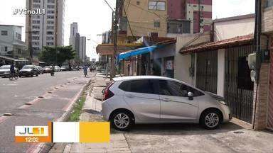Estrutura precária das calçadas pode provocar acidentes em Belém - Estrutura precária das calçadas pode provocar acidentes em Belém