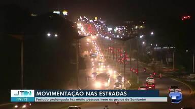 Rod. Fernando Guilhon tem trânsito intenso de veículos na volta do feriado prolongado - Muitas pessoas foram às praias e balneários da cidade.