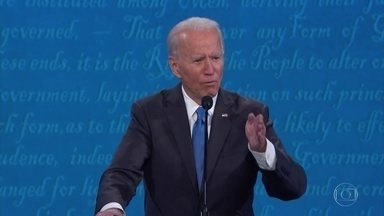 Eleições americanas: Joe Biden, candidato democrata, vai fazer campanha até último minuto - O candidato de oposição, Joe Biden, vai passar o dia decisivo fazendo campanha até o último minuto na Pensilvânia, um dos estados que podem definir a eleição deste ano.