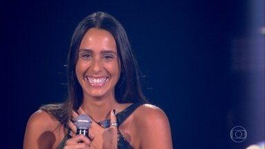 """Amanda Coronha canta """"Wicked Game"""" - Confira a apresentação!"""