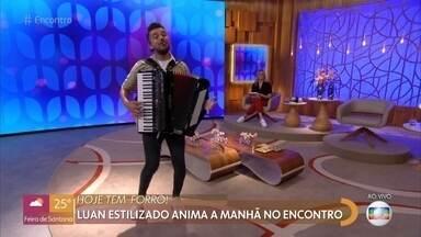 Luan Estilizado canta 'Tá Faltando Eu' - Confira