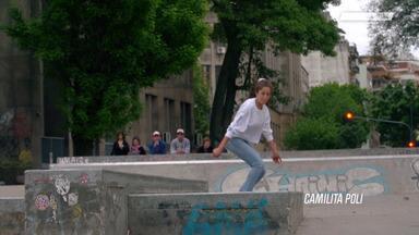 Viagem Para Argentina - Estamos com a Vitória Mendonça, Grazi Oliveira e a Vitória Bortolo numa tour pela Argentina, as meninas estão conhecendo um pouco da cidade de Buenos Aires com algumas skatistas locais.