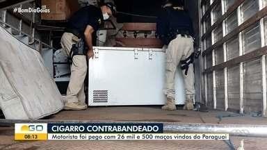 Homem é preso suspeito de contrabandear 26,5 maços de cigarro do Paraguai - Carga foi encontrada em caminhão.