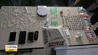 Cinco pessoas são presas em ação contra o tráfico de drogas em Santo Antônio do Jacinto - Foram apreendidas sete armas, munições, drogas e grande quantidade de dinheiro.