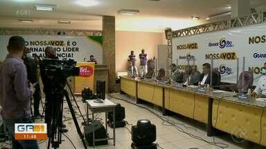 Grande Rio FM realiza debate com candidatos à prefeitura de Petrolina - Os candidatos e debatedores se reuniram no plenário da Câmara de Vereadores.