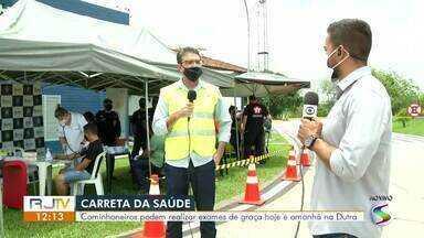 Carreta da saúde realiza exames gratuitos em caminhoneiros na Via Dutra - Atendimentos acontecem no posto de pesagem, em Resende, nesta quinta-feira e na sexta.
