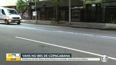 Prefeitura do Rio libera circulação de duas linhas de vans no corredor BRS em Copacabana - A circulação até então era só para os ônibus. As linhas das vans vão até rua da Gávea.