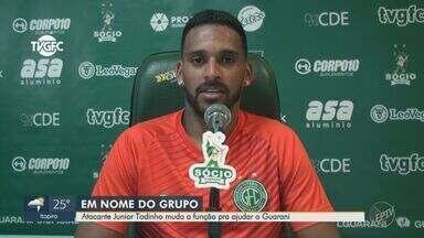 Atacante Júnior Todinho muda a função para ajudar o Guarani - De volta após cumprir suspensão diante do Cruzeiro, o jogador é o principal reforço do Bugre para a partida contra o Botafogo-SP, na próxima sexta-feira.