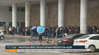 Professores desocupam a Assembleia Legislativa - Eles tinham entrado no prédio ontem pedindo a revogação das contratações temporárias pelo PSS