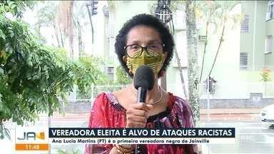 Vereadora eleita em Joinville é alvo de ataques racistas - Vereadora eleita em Joinville é alvo de ataques racistas