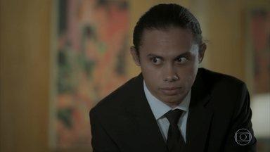 Nonato confessa a Biga sua compaixão por Silvana - Silvana recebe convite para um cassino e inventa mais uma mentira para Eurico