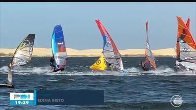 Velejadores de todo o país participam do Campeonato Brasileiro de Windsurf no Piauí - Lagoa do Portinho