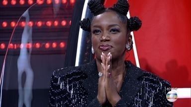 IZA revela quem irá seguir no seu Time - IZA escolhe Bruna Black