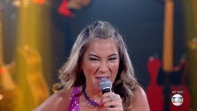 Fabiana Souto canta 'Chiclete Com Banana' - Confira