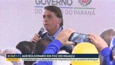 Jair Bolsonaro visita obras da segunda ponte entre o Brasil e o Paraguai, em Foz do Iguaçu - Ele ainda se encontrou com o presidente do país vizinho.