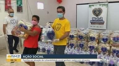 Famílias do AP em situação de vulnerabilidade social recebem cestas com alimentos - A Legião da Boa Vontade (LBV) entregou 300 cestas de alimentos não perecíveis a famílias em situação de vulnerabilidade social referenciadas pelos Cras em Macapá. Elas também receberam kits de limpeza para prevenção à Covid-19.