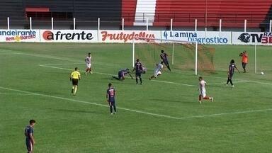 Bandeirante vence Oswaldo Cruz pelo Paulista da Segunda Divisão - O Bandeirante venceu o time de Oswaldo Cruz por 2 a 1. A equipe de Birigui garantiu uma vaga na semifinal da Bezinha.