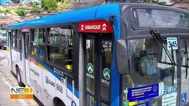 Passageiros de ônibus comentam lei que proíbe motoristas de acumular função de cobrador - Lei foi sancionada no Recife em outubro de 2020.