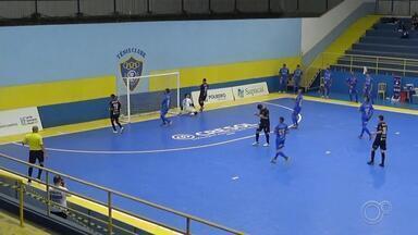 Sorocaba vence São José Futsal no primeiro jogo da final Campeonato Paulista - Sorocaba saiu na frente do São José na disputa pelo título do Campeonato Paulista de Futsal. No primeiro jogo da final, disputado nesta quarta-feira (9), os sorocabanos venceram os joseenses por 5 a 1, no ginásio do Tênis Clube, em São José dos Campos.