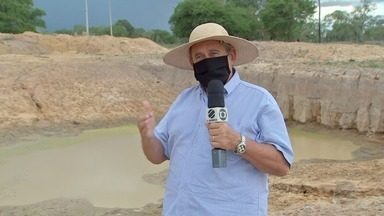 Sem chuvas no Pantanal, pecuaristas precisam trazer água de fora e abrir poços - Sem chuvas no Pantanal, pecuaristas precisam trazer água de fora e abrir poços