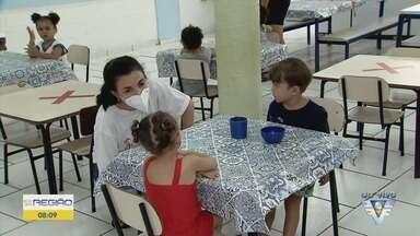 Creches retomam atendimento em Guarujá, SP - Marcelo Nicolau, secretário de Educação, falou sobre o assunto