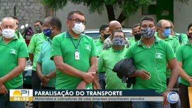 Motoristas e cobradores de empresa de ônibus da Zona Sudeste de Teresina fazem paralisação - Paralisação