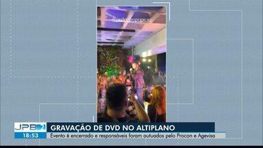 Gravação de DVD é encerrada por causa de aglomeração em meio à pandemia - Artistas e produtores dizem que precauções foram tomadas.