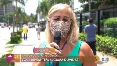 Público tira dúvidas sobre a vacinação - Dr. Ana Escobar fala que os cuidados para prevenir a contaminação devem continuar mesmo com o início da vacinação e tira as dúvidas das pessoas que ainda serão vacinadas