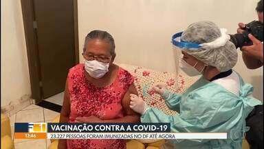 23.227 pessoas já foram vacindas contra a Covid-19 no DF - Ainda faltam mais de 143 mil doses a serem aplicadas.
